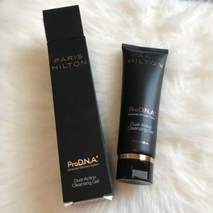 Paris Hilton ProDNA Dual Action Cleansing Gel